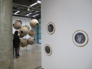 Näkymä galleriasta/ Interiör från utställningen