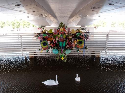Elise: Muovi, Porvoon taiteilijaseuran vuosinäyttely/ Elise: Plast, Borgå konstnärsgilles årsutställning. Ylva Holländer & Nelli Nio